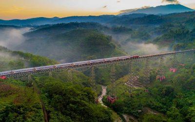Ini dia 8 Jalur Kereta Api Terindah agar Perjalanan Makin Berkesan