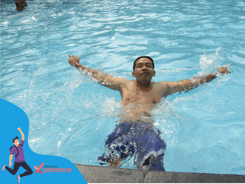 Berenang di Owabong waterpark
