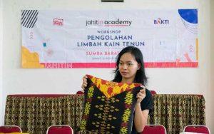 Jahitin Academy by Dayamaya