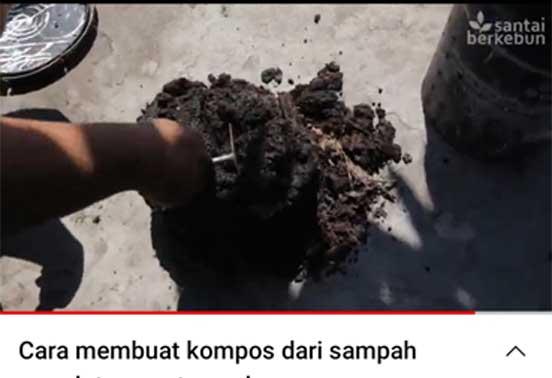 Cara membuat kompos dari tanah dan sisa makanan
